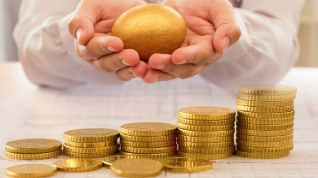 gold egg and coins | Precious Metals Market: A Complete Guide on Investing in Precious Metals | Inside Your IRA