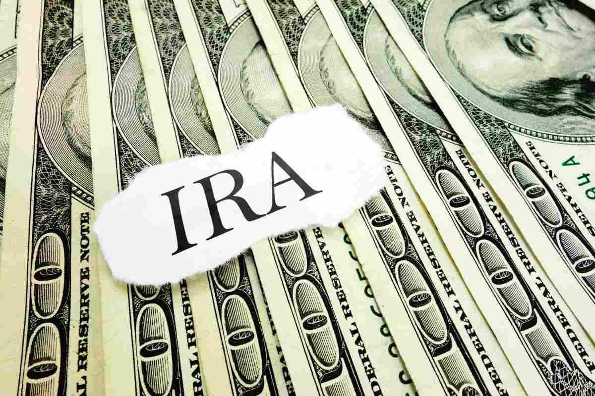 ira on money   Roth IRA Interest Rates: How Does Your Money Grow?   Roth IRA interest rates   traditional ira