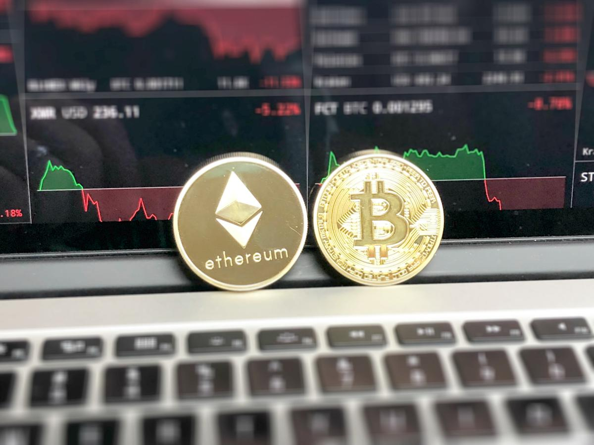 etehereum and bitcoin on laptop | Things To Avoid When Investing In Cryptocurrency | Inside Your IRA | investing in cryptocurrency | list of crypto currency exchanges