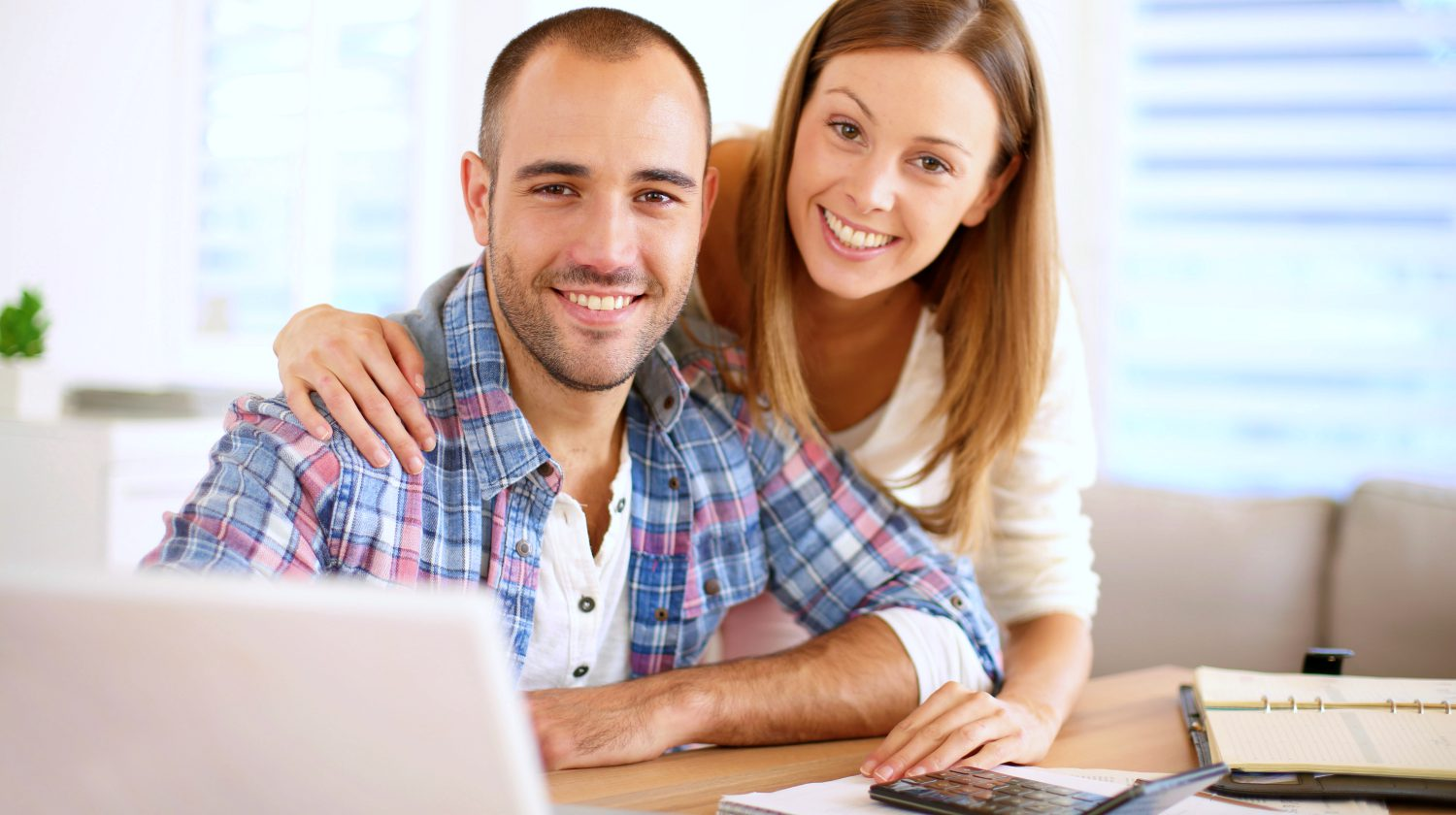 Featured   smiling couple   What Are The Best Retirement Planners? Preparing For The Golden Years   Inside Your IRA  retirement planner