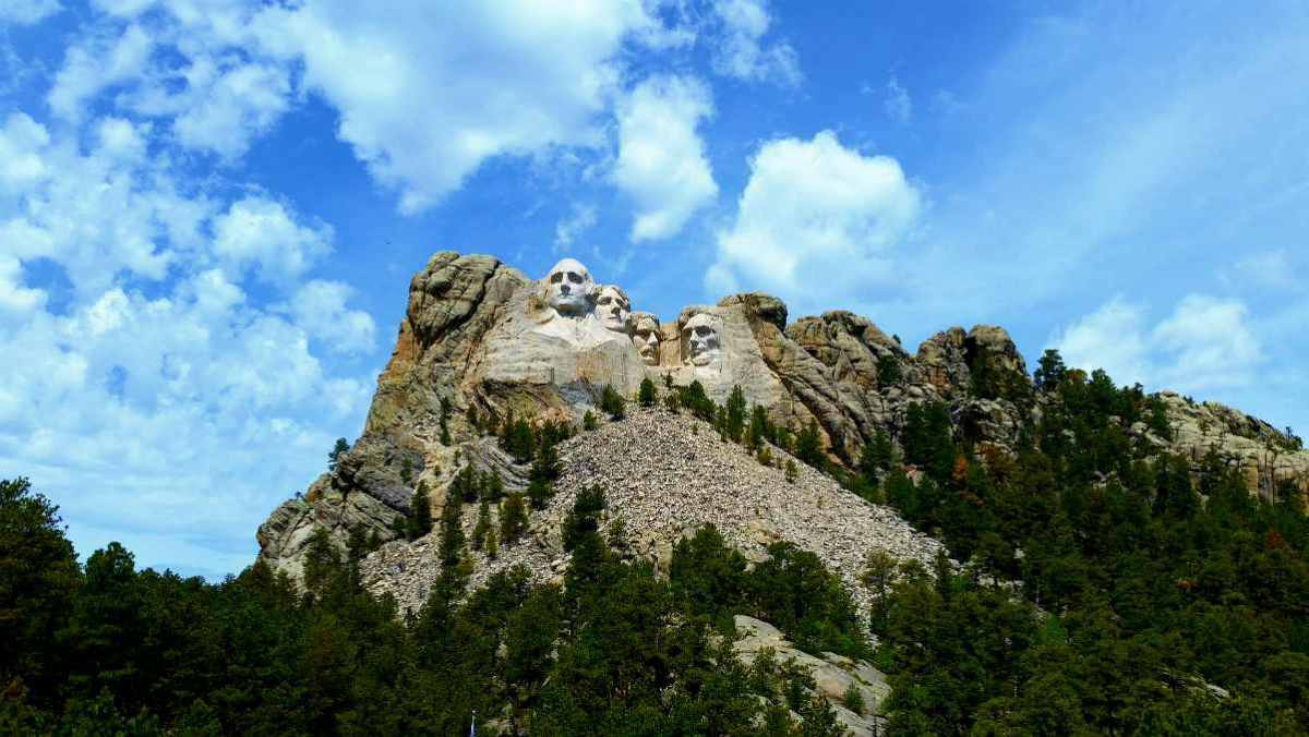 view of mount rushmore | Best States For Retirement | Inside Your IRA | best states to retire