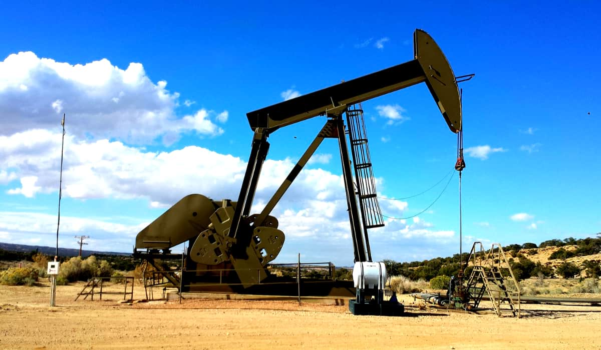 refinery oil pump | How To Invest In Oil Inside Your IRA