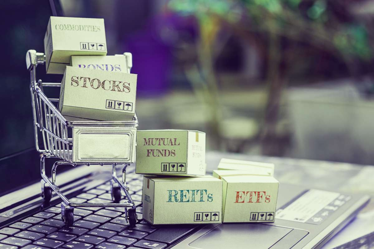 mutual funds bonds on cartons | Choosing Between A Traditional IRA and A Self-Directed IRA When Investing For Retirement | Asset Allocation