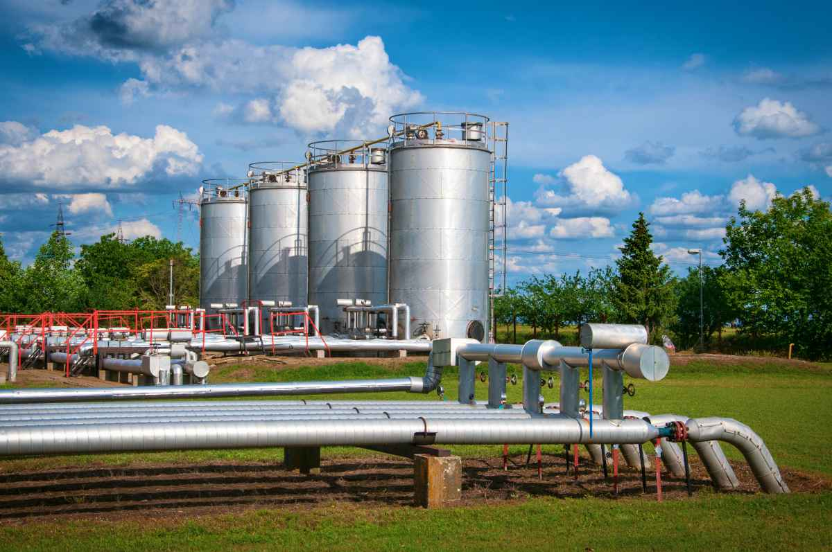 natural gas storages | Best Stocks To Invest In Right Now In The Energy Sector | best stocks to buy right now