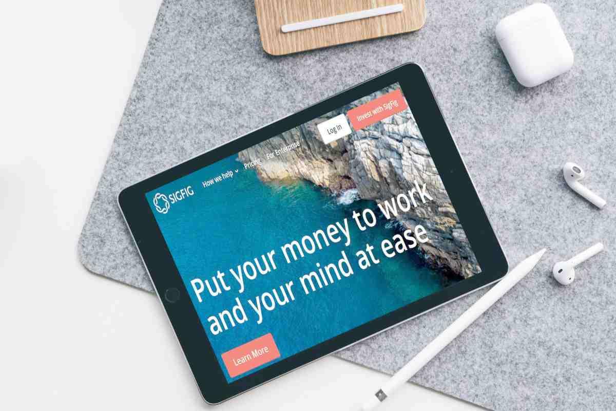 sigfig site on tablet | Best Robo Advisors For Your IRA | best robo advisors
