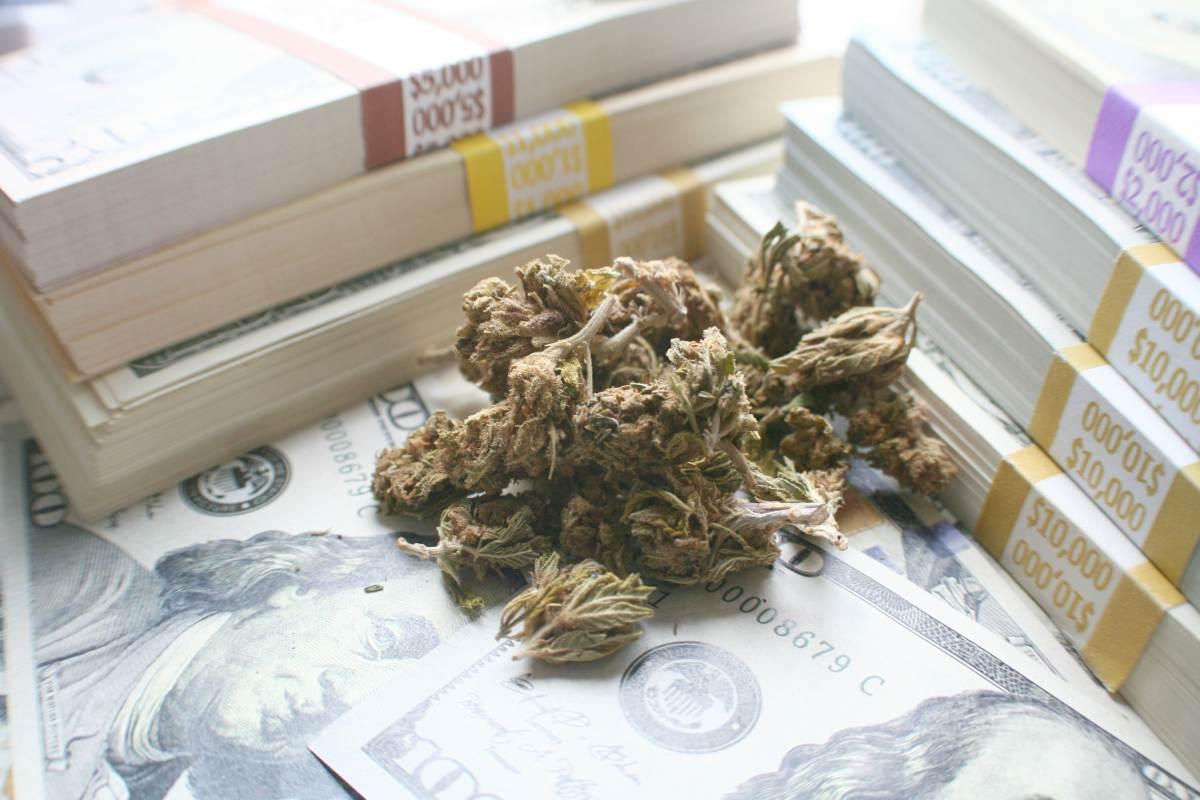 marijuana and cash | What Investors Should Know About Marijuana ETFs | Inside Your IRA | marijuana etf