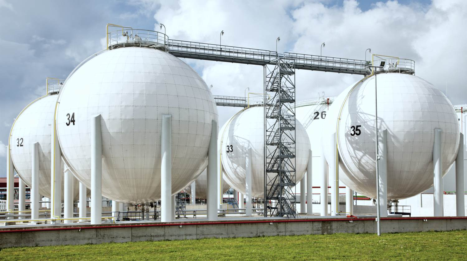 Featured   oil storage   Investing in Natural Gas Stocks Inside Your IRA   buying natural gas stocks