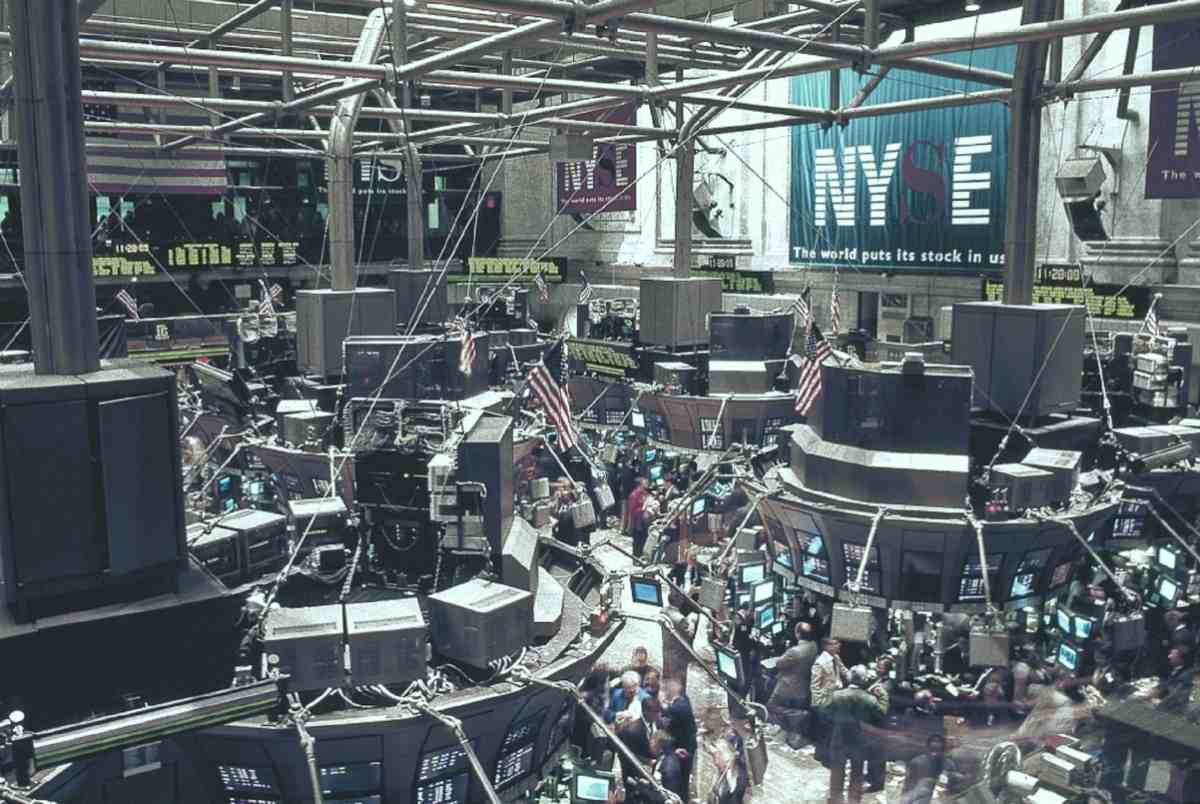 new york stock exchange   Investing in Natural Gas Stocks Inside Your IRA   How to invest in natural gas